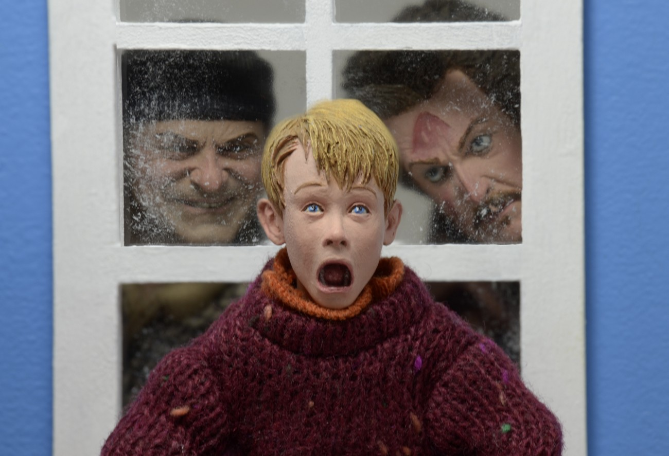 NECA-Home-Alone-Retro-Kevin-2.jpg